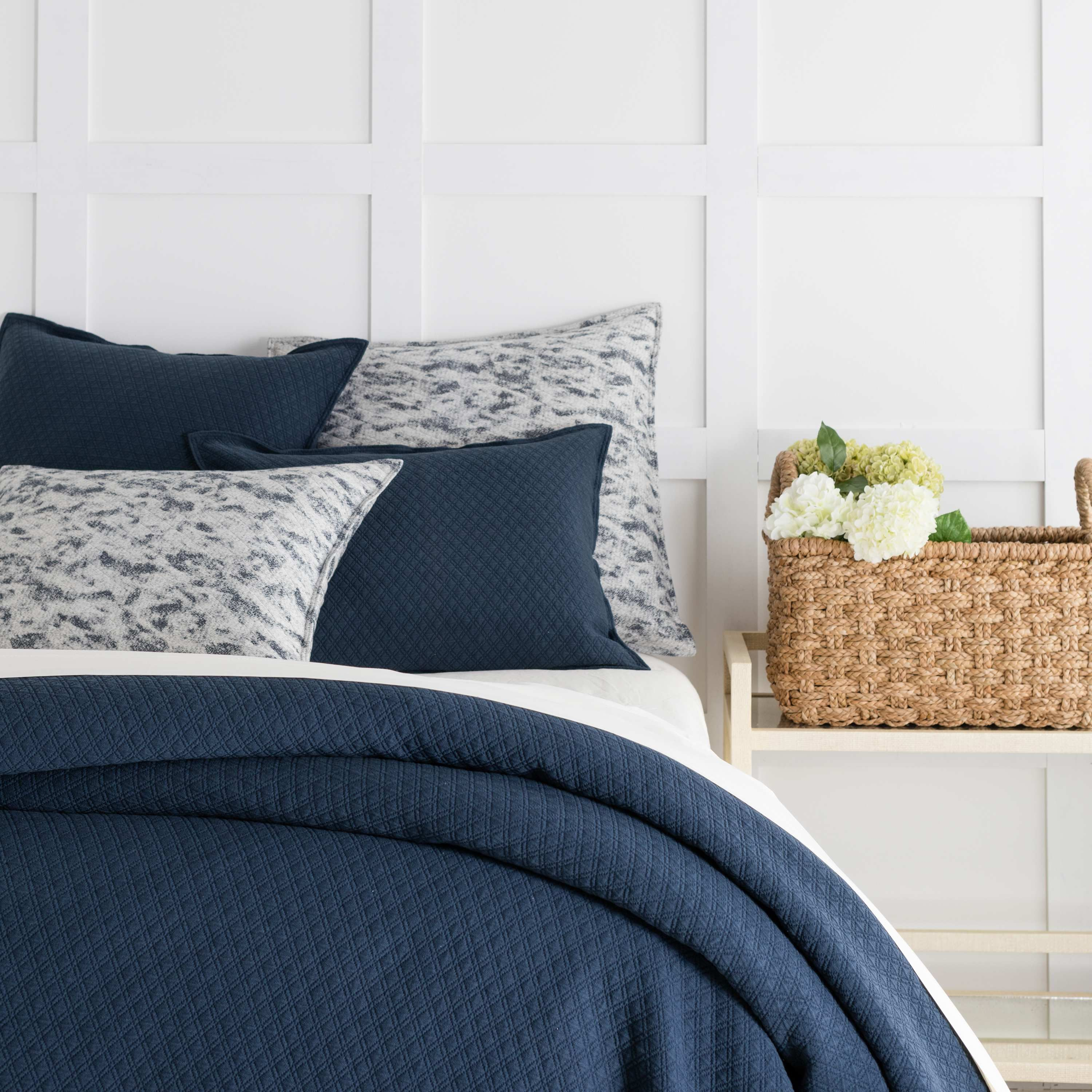 Diamond White Matelassé Coverlet Pine Cone Hill Home