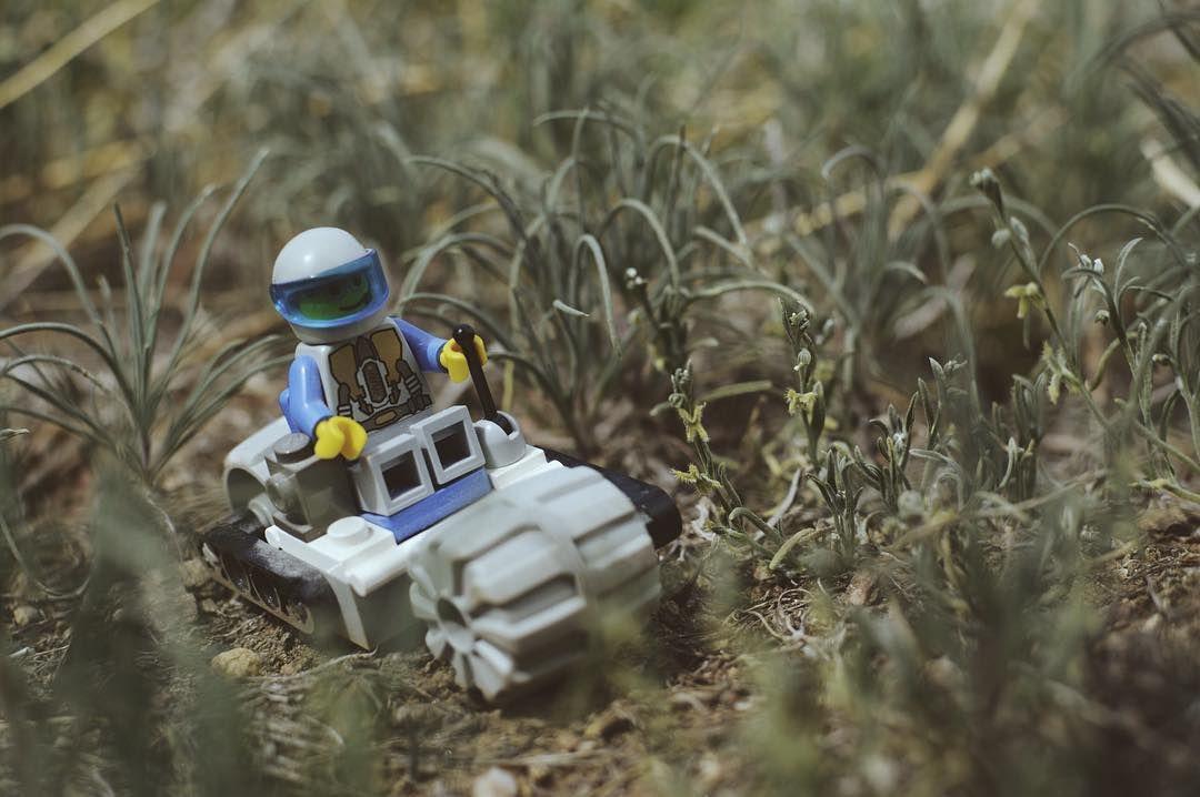 Scoutin' #toyslagram_lego #toyuniverse #toyslagram #venforth #toygroup #lego #legogram #legonetwork #legooffroad #visualsoflego #adventurethatislife #toyuniverse #toyslagram_lego #toyslagram Re-post by Hold With Hope