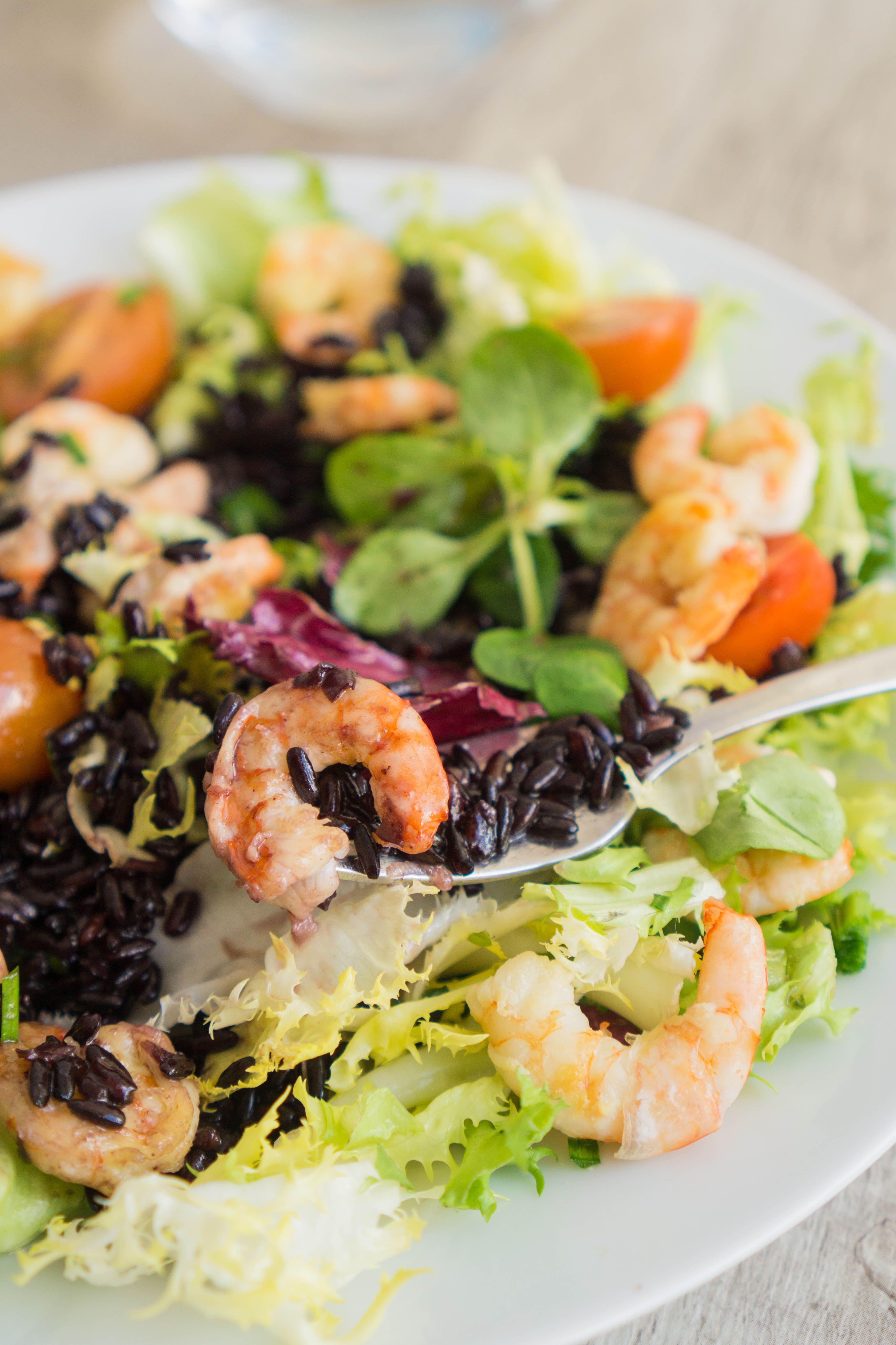 Black Rice and Shrimps Salad | Recipe | Grain salad ...