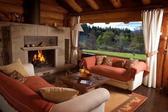 Decoraci n de interiores de madera for Ventanales grandes de segunda mano