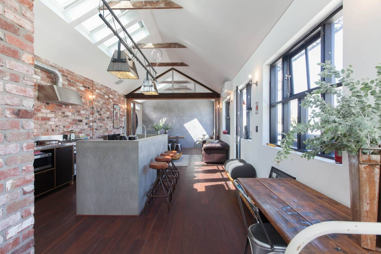 Warehouse Loft Style Apartment Mt Lawley - Apartments for ...