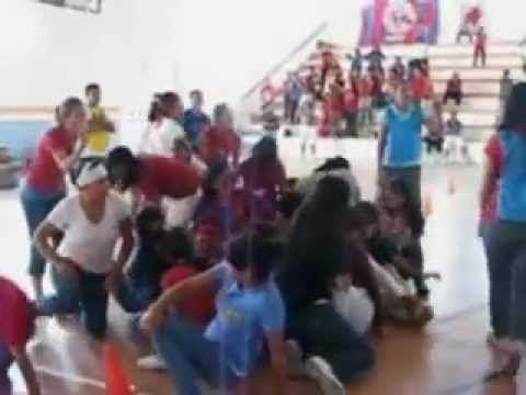 Twister Gigante Juegos Organizados Para Grupos Grandes Juegos