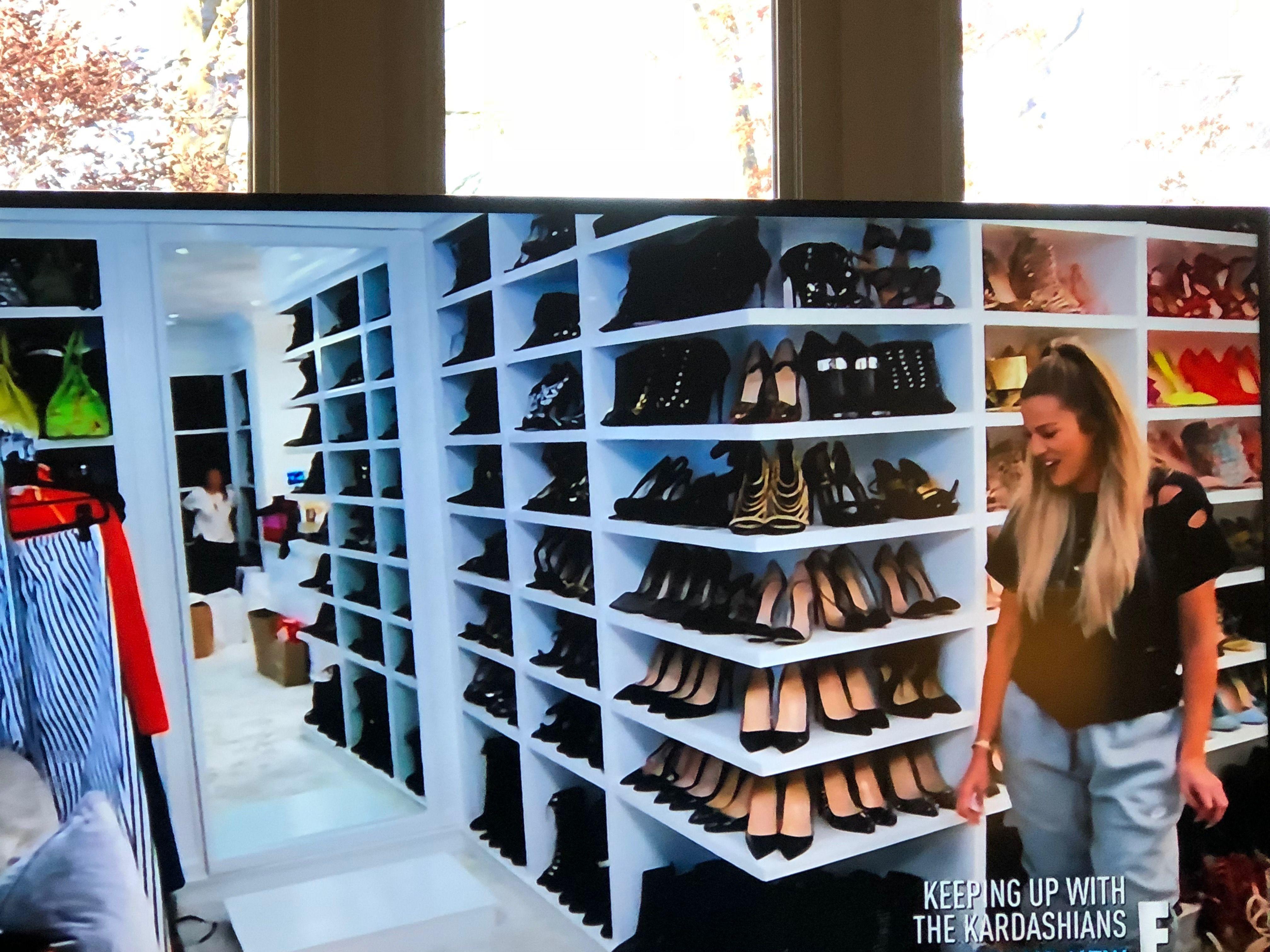 Corner Shelf Dressing Room Khloe Kardashian