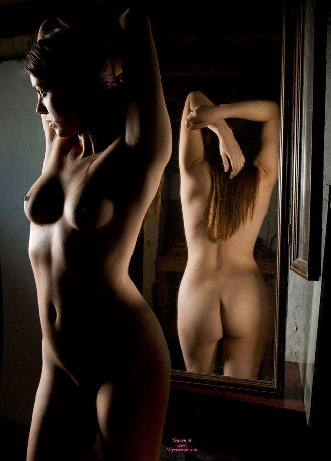 Nude Mirror Teens