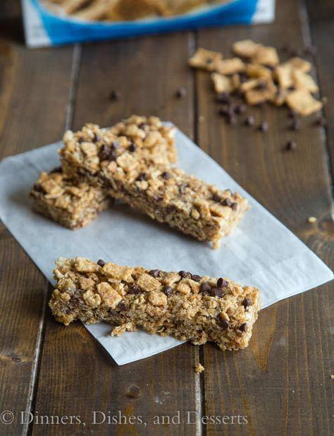 Cinnamon Toast Crunch Granola Bars - no bake, chewy, and the perfect snack! #cinnamontoastcrunch