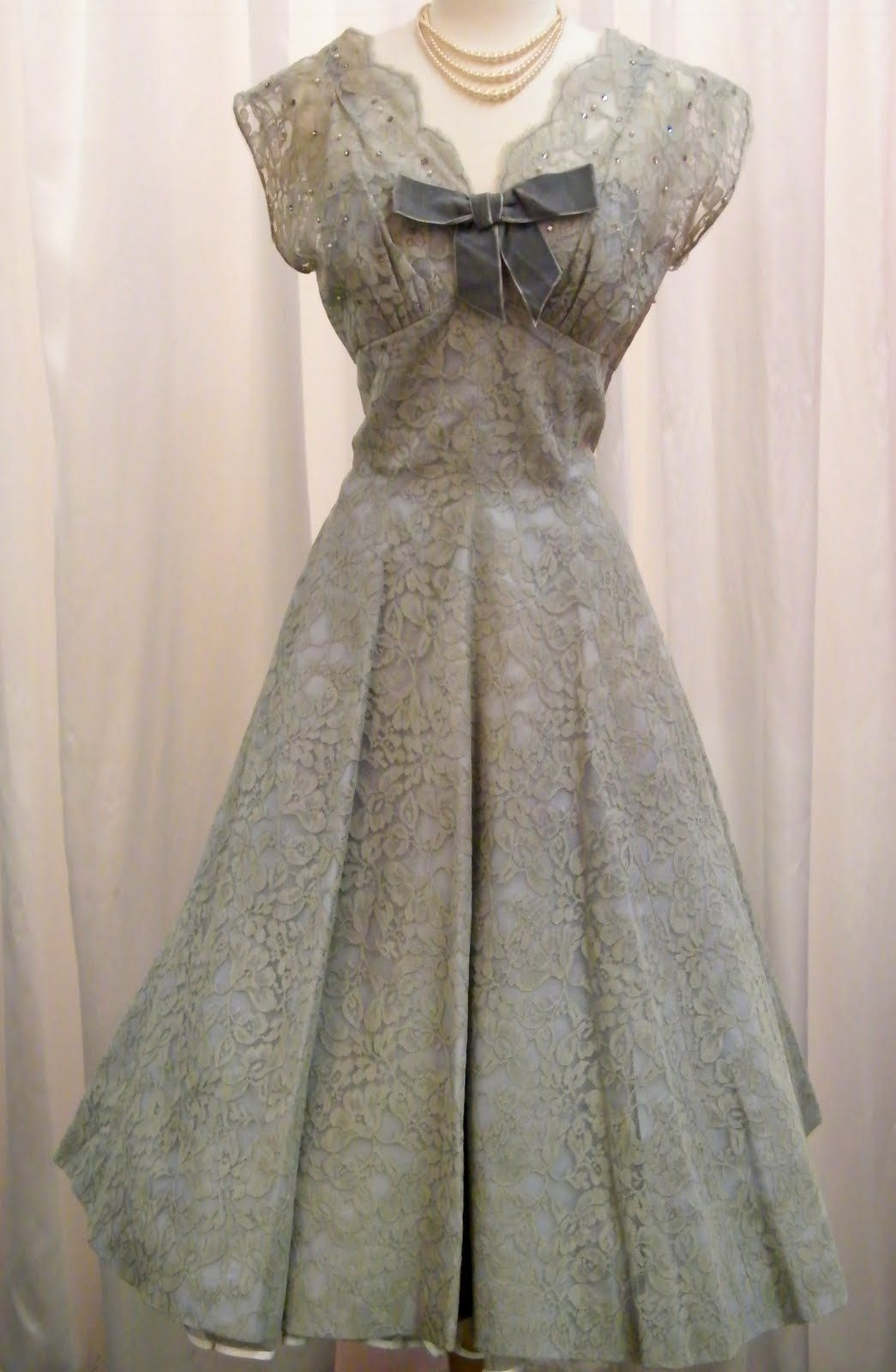 Dirty Fabulous: Dirty Fabulous Vintage Dresses | Dresses to make ...