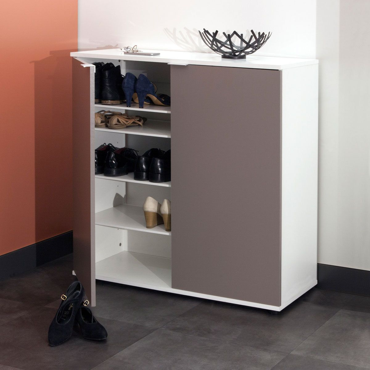 meuble chaussure meuble chaussure with meuble chaussure top gallery of meuble portes tiroirs. Black Bedroom Furniture Sets. Home Design Ideas