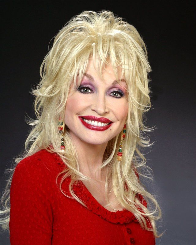 13 Dolly Parton Hairstyles And
