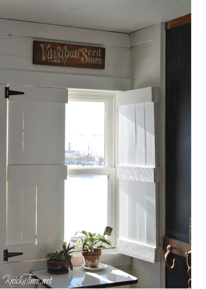 Diy Farmhouse Wooden Shutters Pallet Wood Repurposed