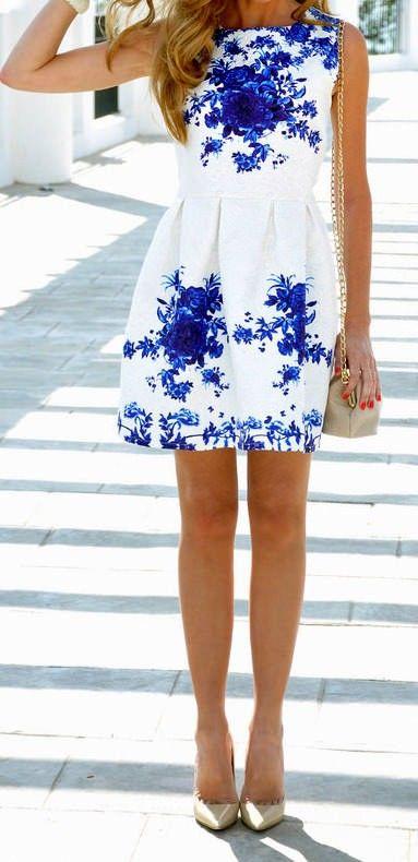 Sleeveless White Porcelain Floral Print Flare Dress