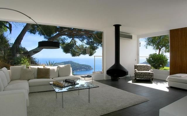 what a wonderful view this must be...http://www.en.e-domizil.ch/holidayhome/321698
