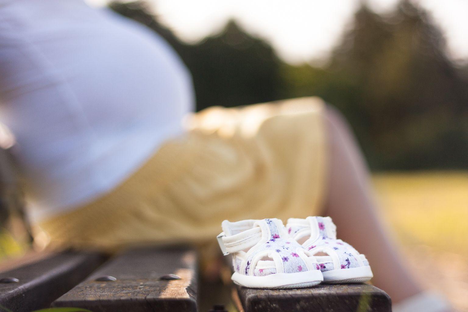 babybauch shooting mit domenique ideen babybauch pinterest baby bauch weg und babybauch. Black Bedroom Furniture Sets. Home Design Ideas