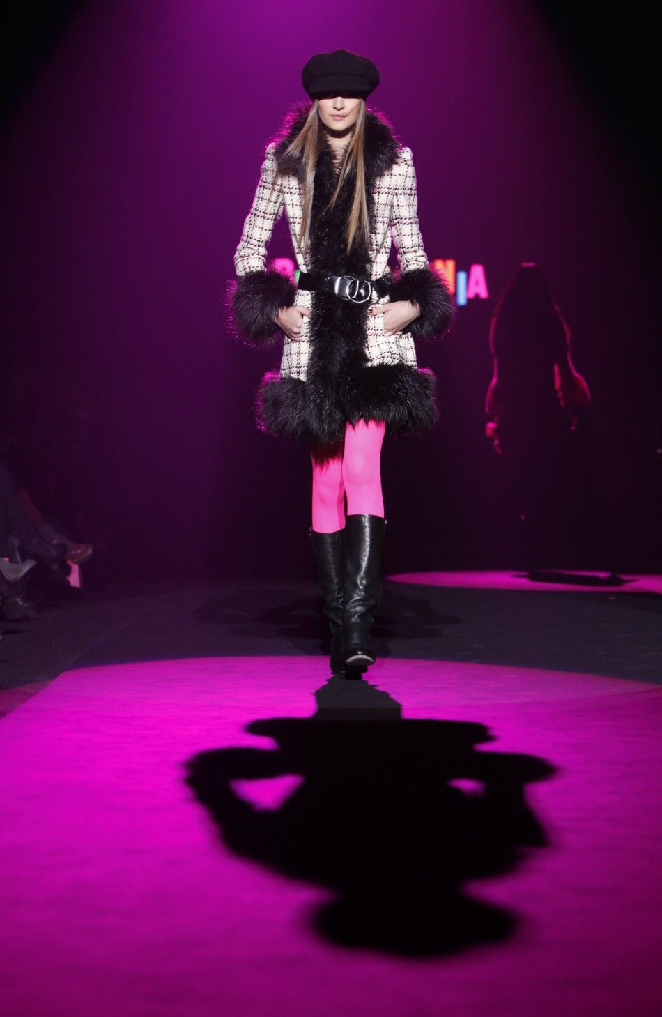 I love how the pink tights brighten up the outfit. ^AS