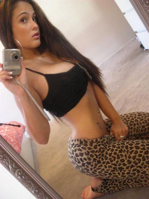 Sexy Teen Bodys In Tight Yoga Pants  J