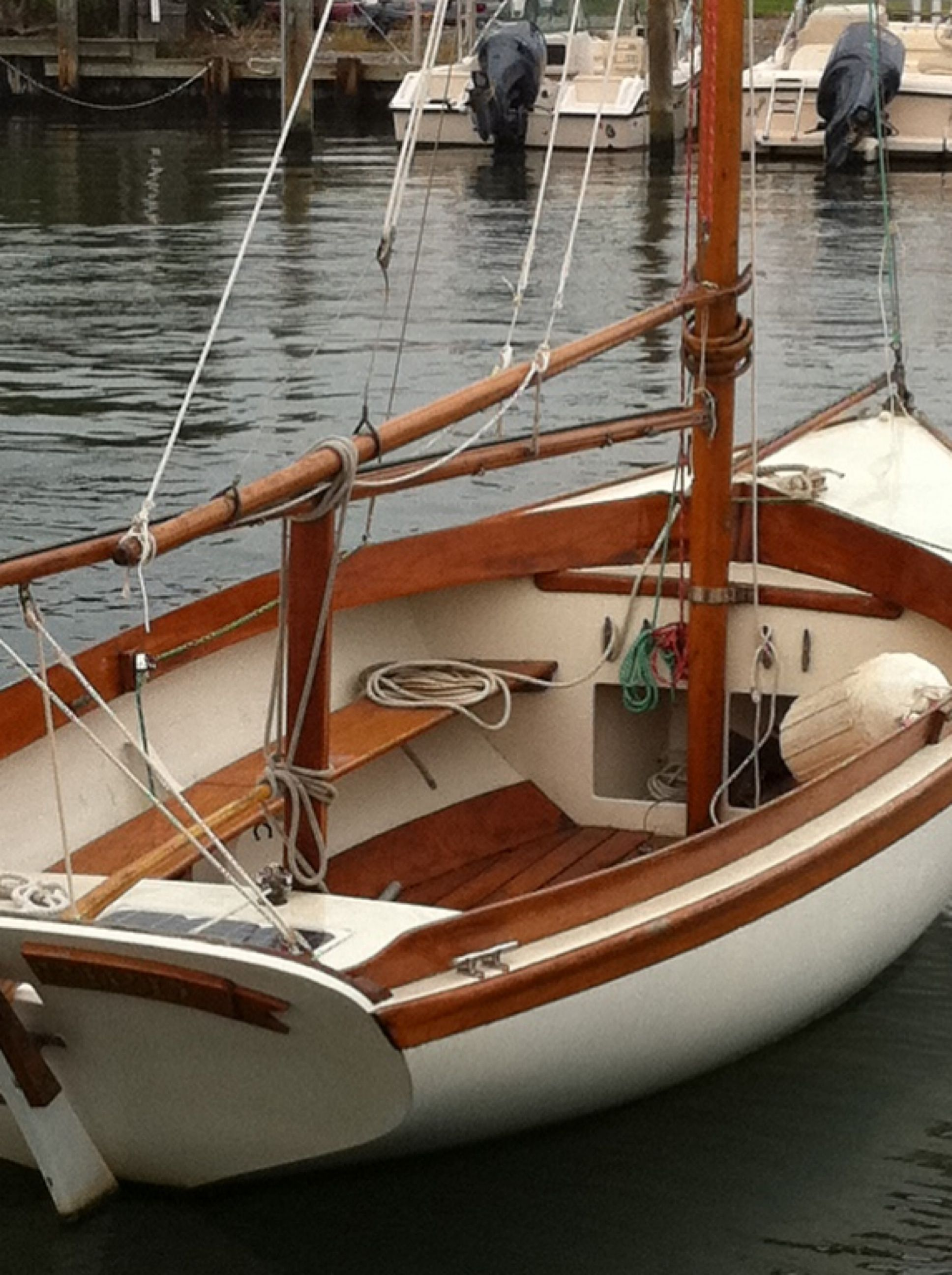 herreshoff 12.5. what a beautiful little boat. perfect