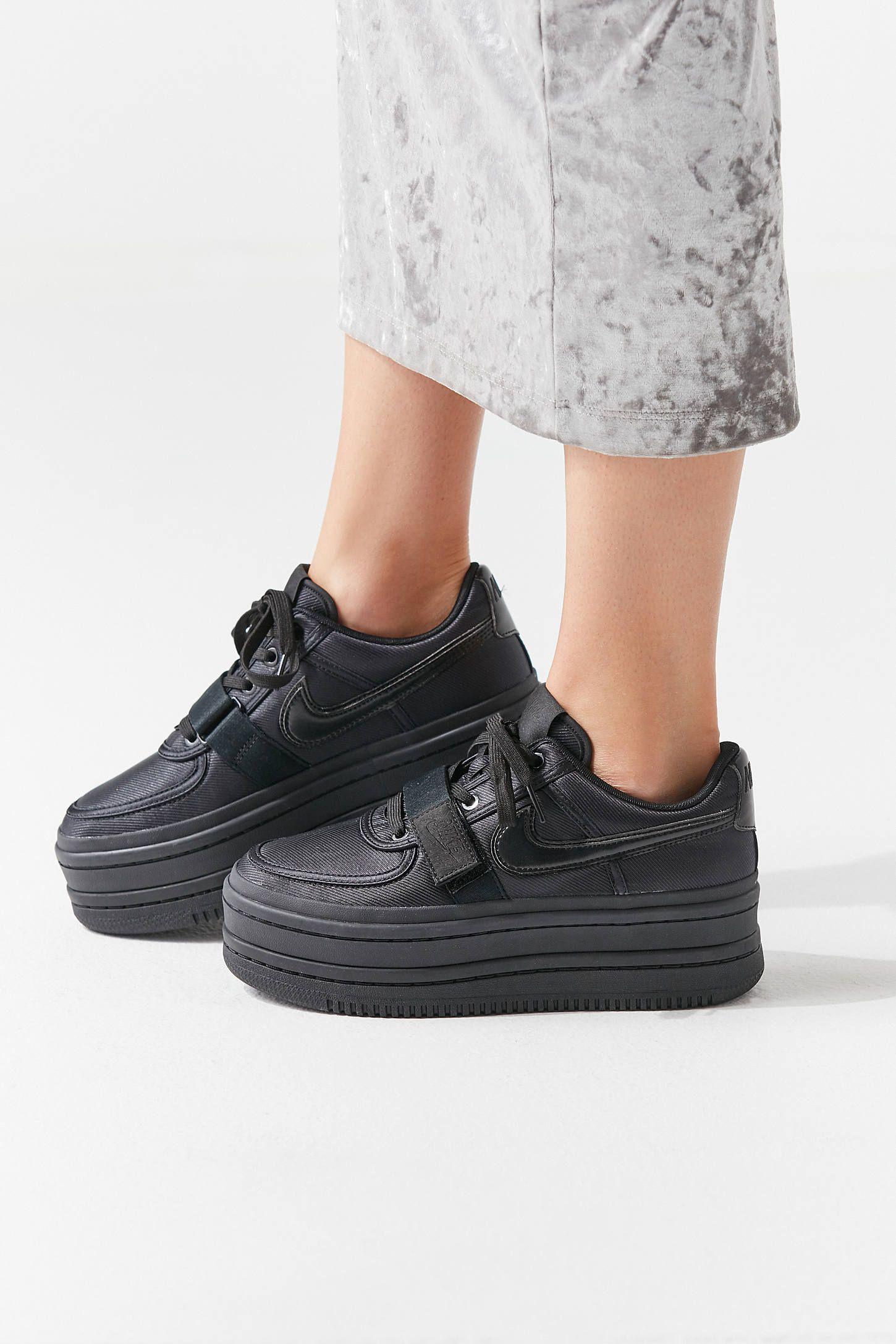 c7f455eeee6 Nike Vandal 2K Sneaker in 2019