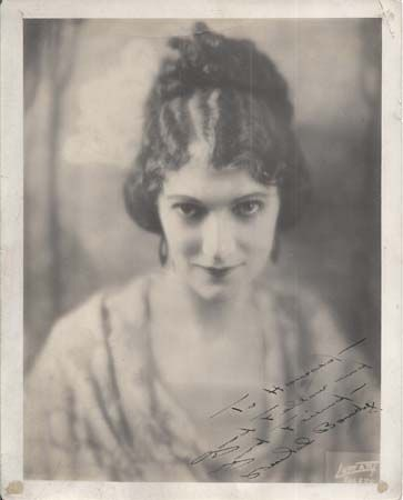 """Beulah Bondi (1889-1991) she mostly played """"old bitty"""" parts, but this pic is glamorous!"""