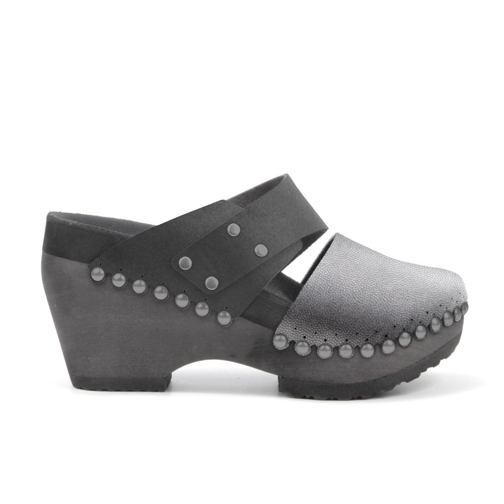 f562e1e526a48 These 21st-century clogs are crafted with comfort in mind. Mohop's ...