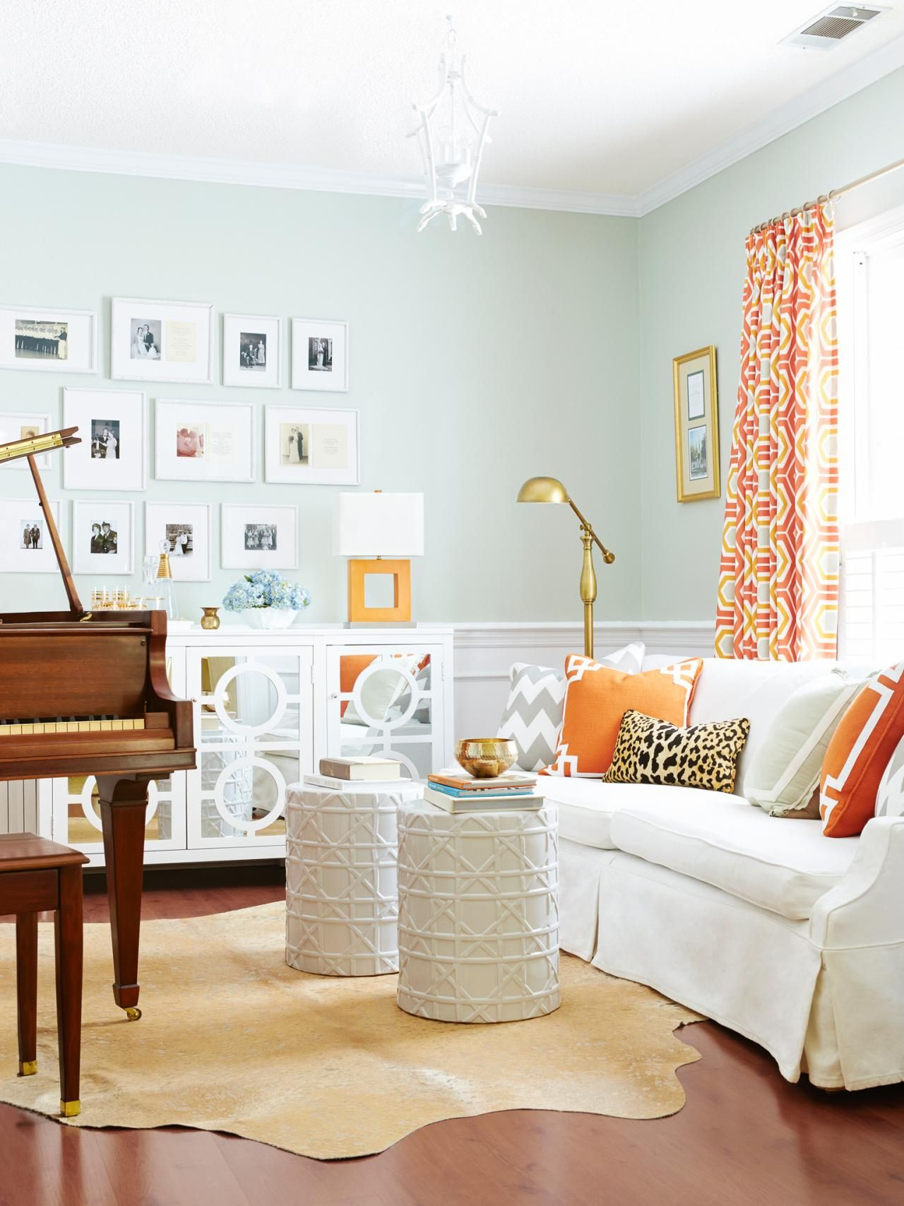 Quirky Decor Garden Stools Hgtv Magazine Living Area Rooms Extended