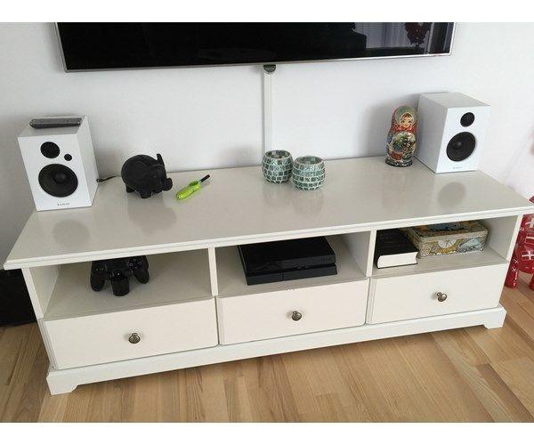 Flott Tv møbel, IKEA, Sælger dette IKEA LIATORP TV-bord grundet HG-57