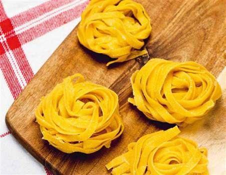 hemmagjord glutenfri pasta
