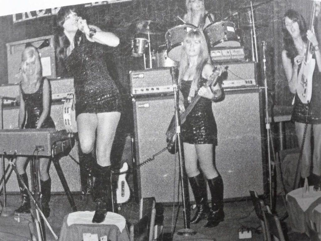 The Pleasure Seekers A 1960s Era All Female Garage Rock Band From Detroit Rock N Roll Music Garage Band Women In Music