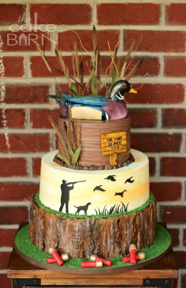 A hunters cake Grooms cake Pinterest Cake Camo cakes and
