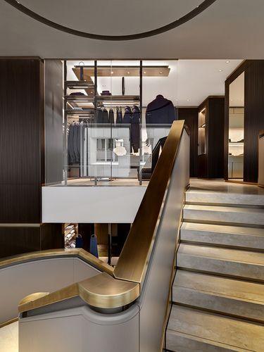 Park associati brioni boutiques worldwide stair for Interior design frankfurt