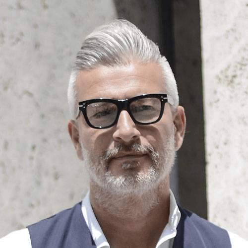 Brille Stylen Mannerfrisuren Um Die 50 Herren Frisuren Herren Frisuren Ab 50 Manner Frisuren
