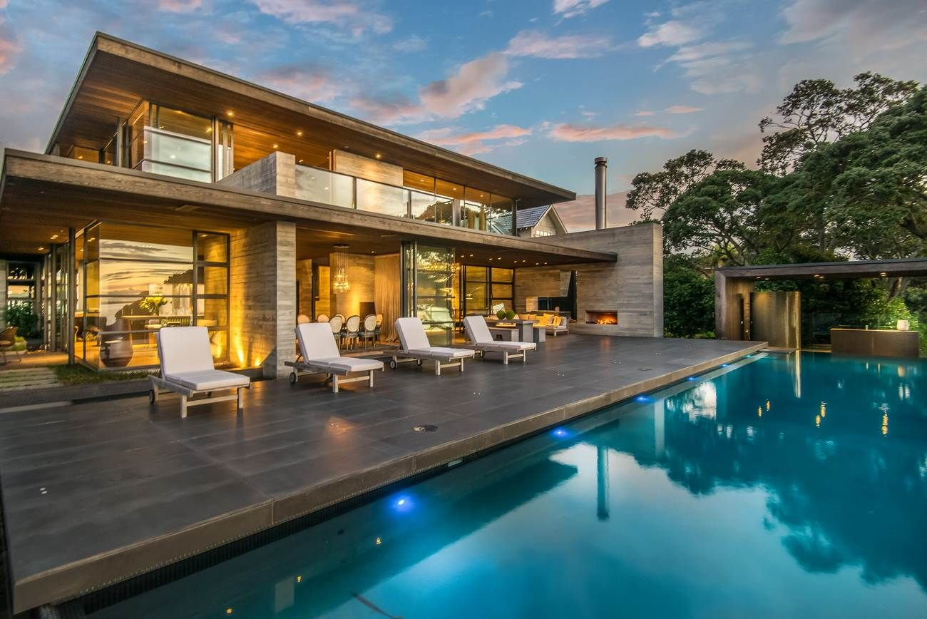 Extraordinary Property Of The Day Grand Inspiring Residence In Auckland New Zealand Westmere Mansions Luxury Homes