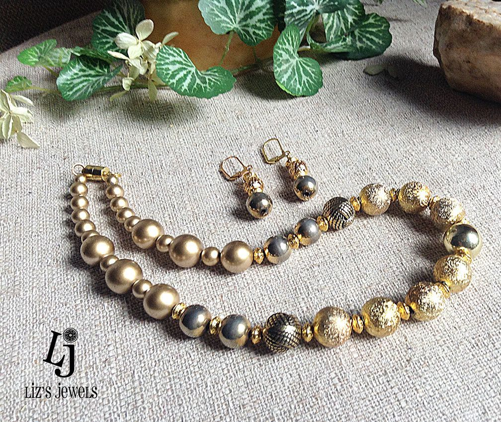 Gold toned texture necklace setredesigned jewelrygold beadsgold