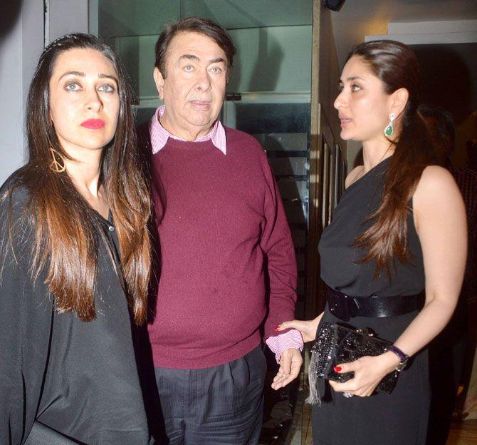 Karisma Kapoor And Kareena Kapoor With Their Father And Birthday Boy Randhir Kapoor Randhir Kapoor Kareena Kapoor Karisma Kapoor