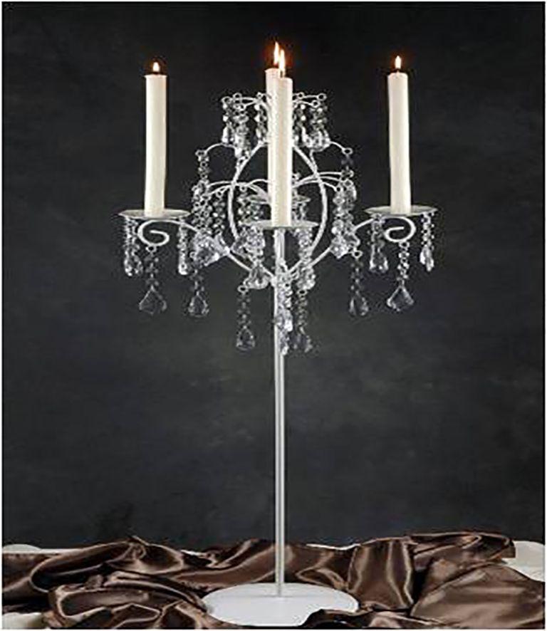 Candelabro blanco cuatro brazos el candelabro blanco con - Estructuras de metal ...