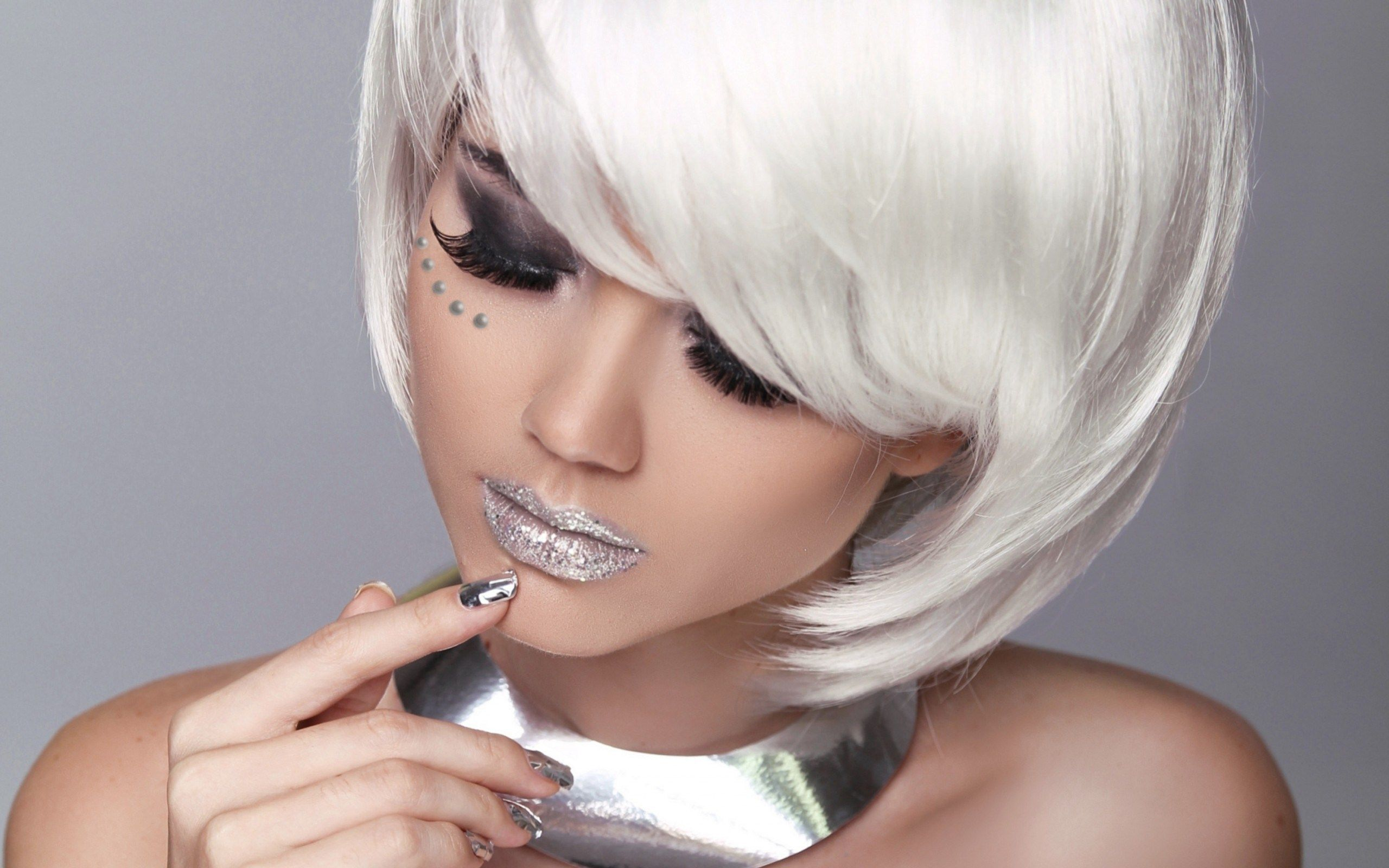 Find out Silver Glitter Lips and Nails wallpaper on