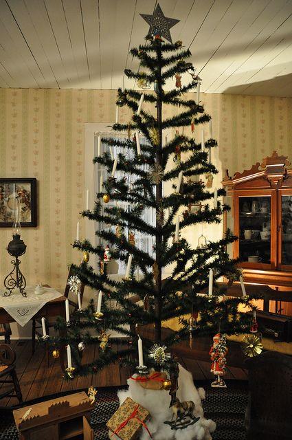 Mikasa Evergreen Christmas Tree Candle Holder.