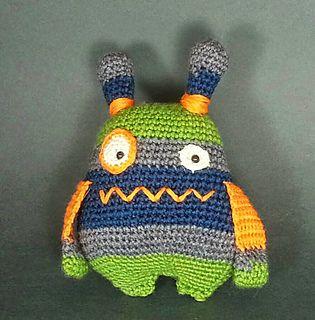 Amigurumi monster free pattern | Amiguroom Toys | 320x315