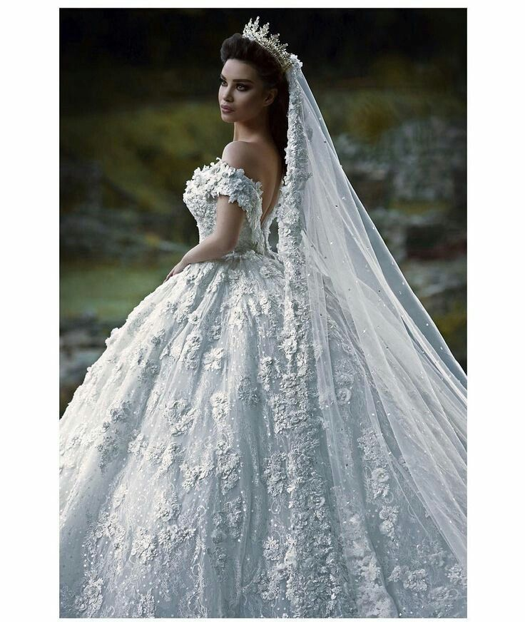 Pin by Emine on Gelinlik | Pinterest | Wedding dress, Wedding and ...