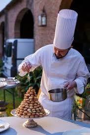Alberto Navarro. Pastelero en el restaurante Via Veneto de Barcelona.