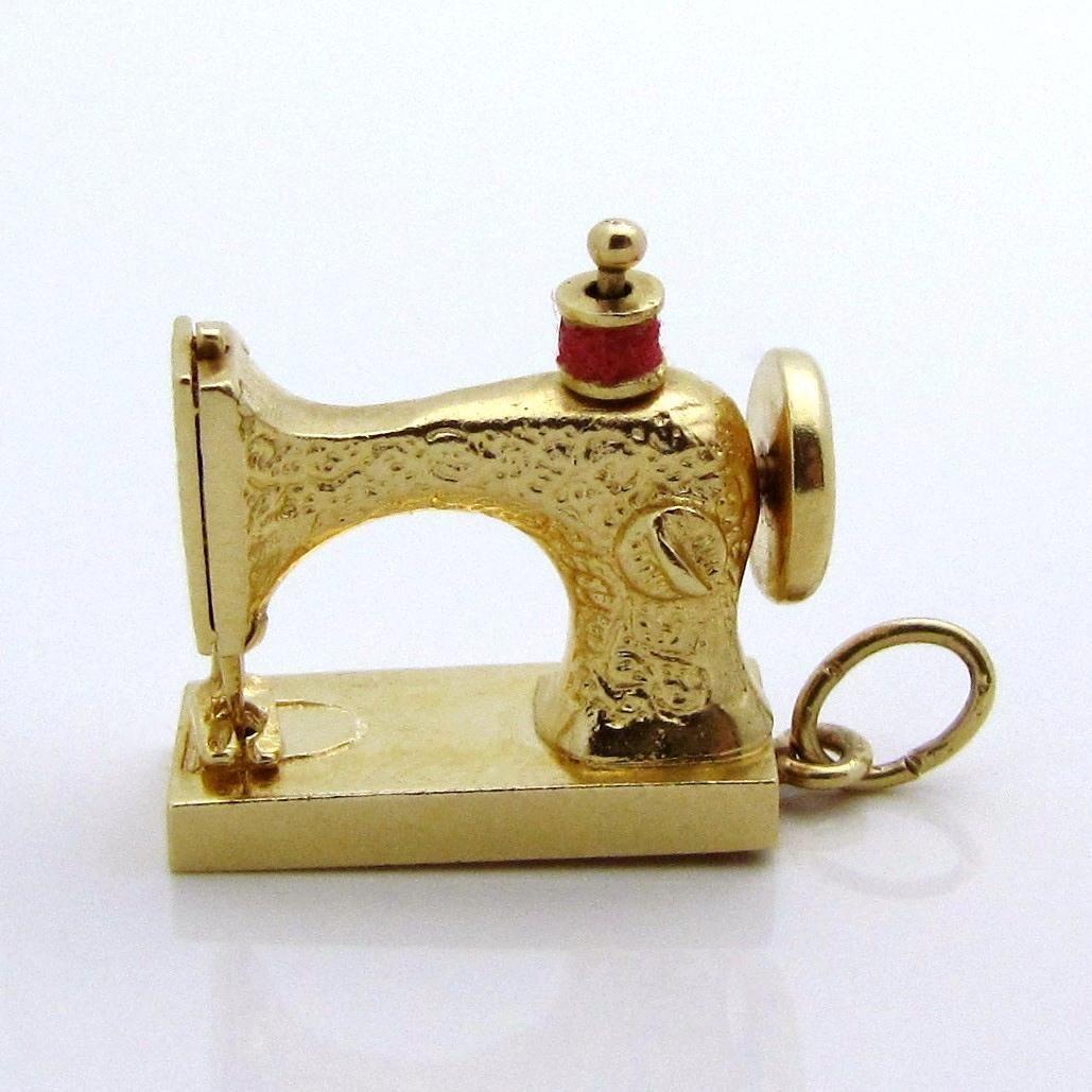 Vintage 14k Gold 3d Mechanical Sewing Machine Charm 5 6