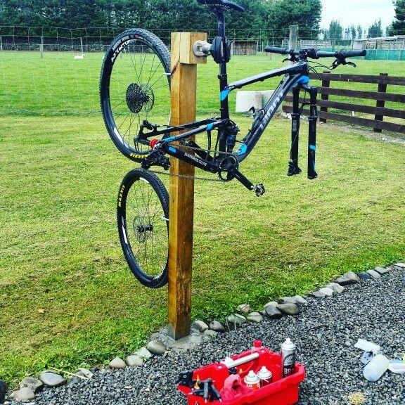 Homemade Wash Stand Bike Stand Diy Diy Bike Rack Homemade Bike