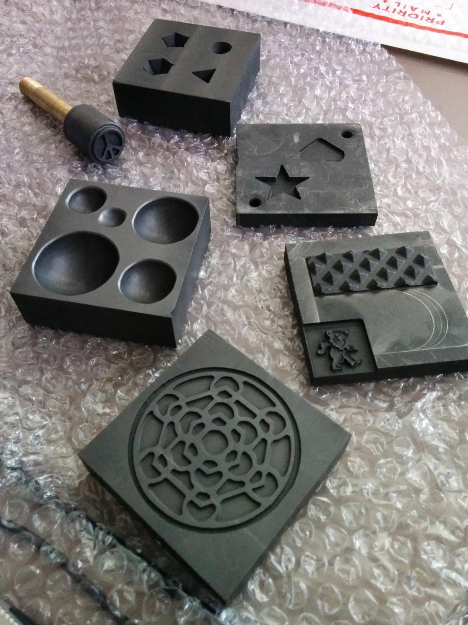We make your CUSTOM graphite Molds | Etsy | Handmade glass beads, Art  jewelry elements, Lampwork glass beads