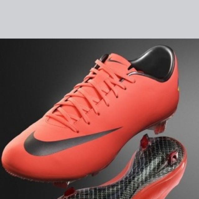 Really cool Nike mercurial vapor 8