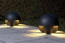 Outdoor bollard light for public spaces (fluorescent)