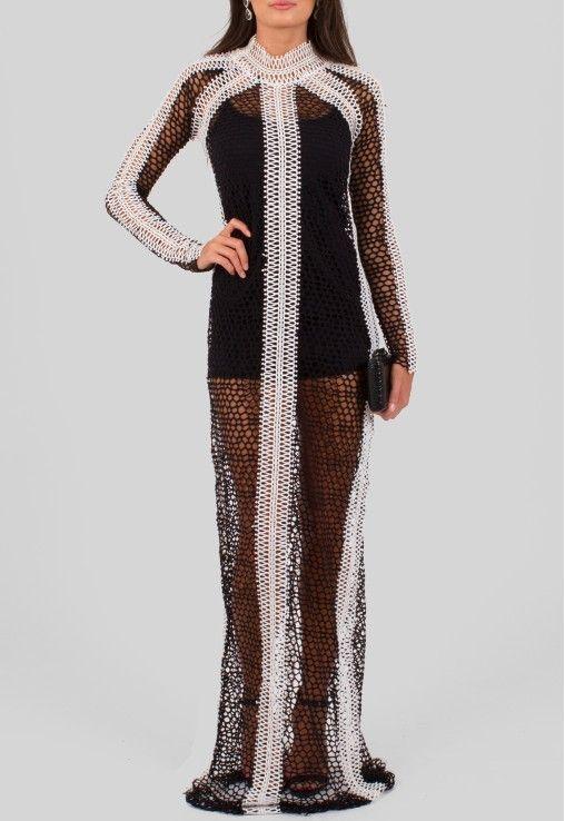 9a61f4929 VESTIDO CLEOPATRA LONGO POWERLOOK - PRETO Vestido longo todo transparente  em tricô largo preto com faixa branca no meio, manga comprida, gola alta,  ...