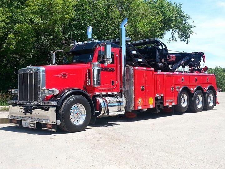 Ernie's Wrecker Service, Vernon Hills IL Peterbilt 378 w