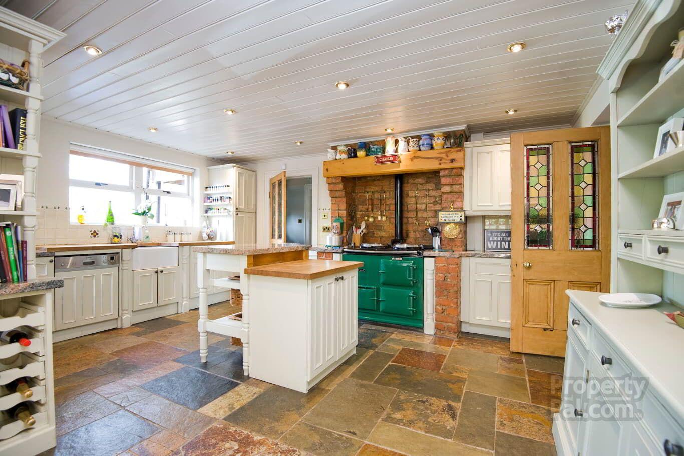 548 Upper Newtownards Road, Belfast kitchen Kitchen