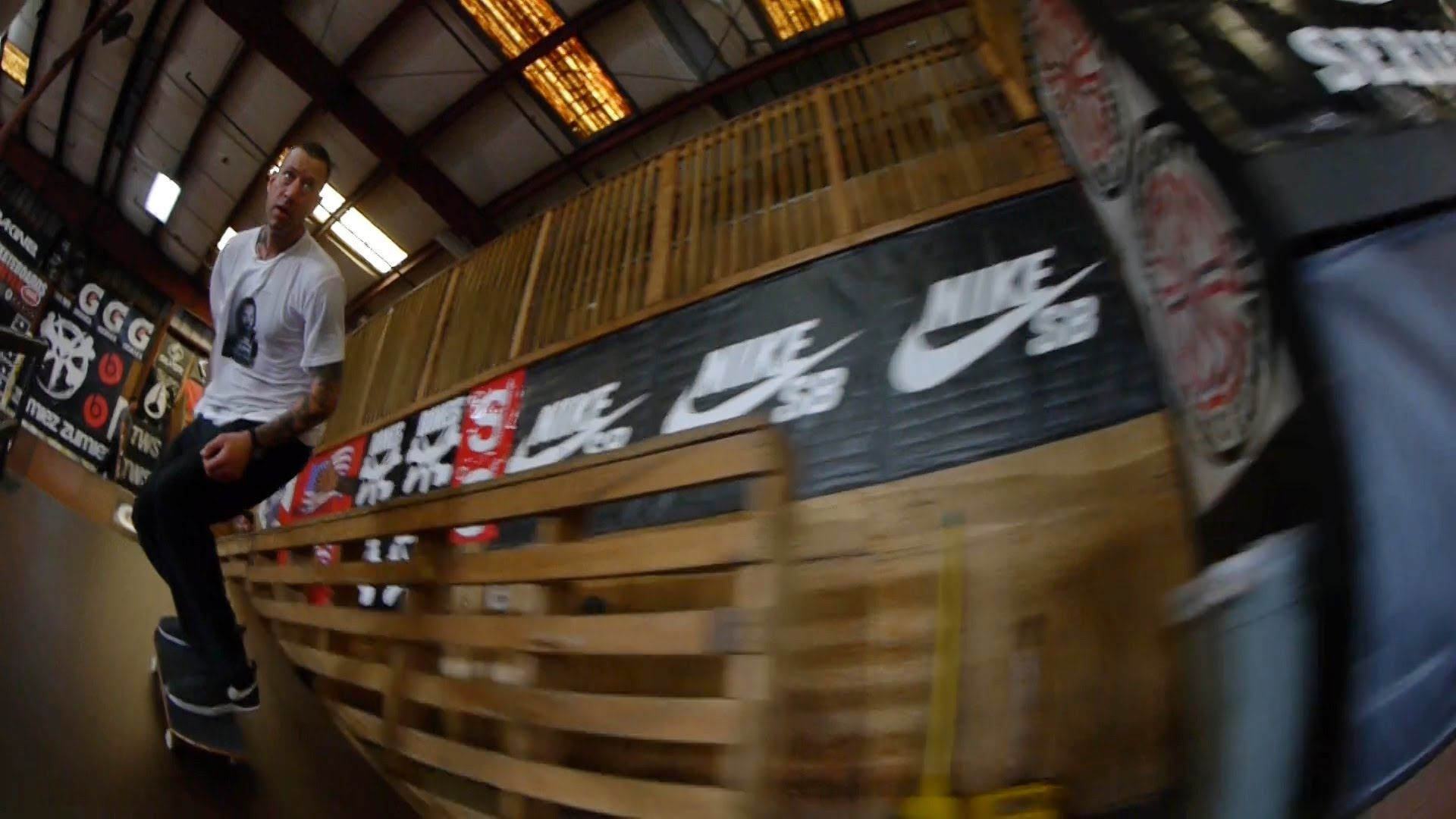 On Contests with Brian Anderson - http://DAILYSKATETUBE.COM/on-contests-with-brian-anderson/ - http://www.youtube.com/watch?v=GOQOh_G4luI&feature=youtube_gdata Whether in a stadium, a warehouse, a backyard or a parking lot, skateboard contests can be serious, fun, exciting and frustrating. Legendary Nike SB pro Brian Anderson has experienced his fair... - anderson, brian, Contests
