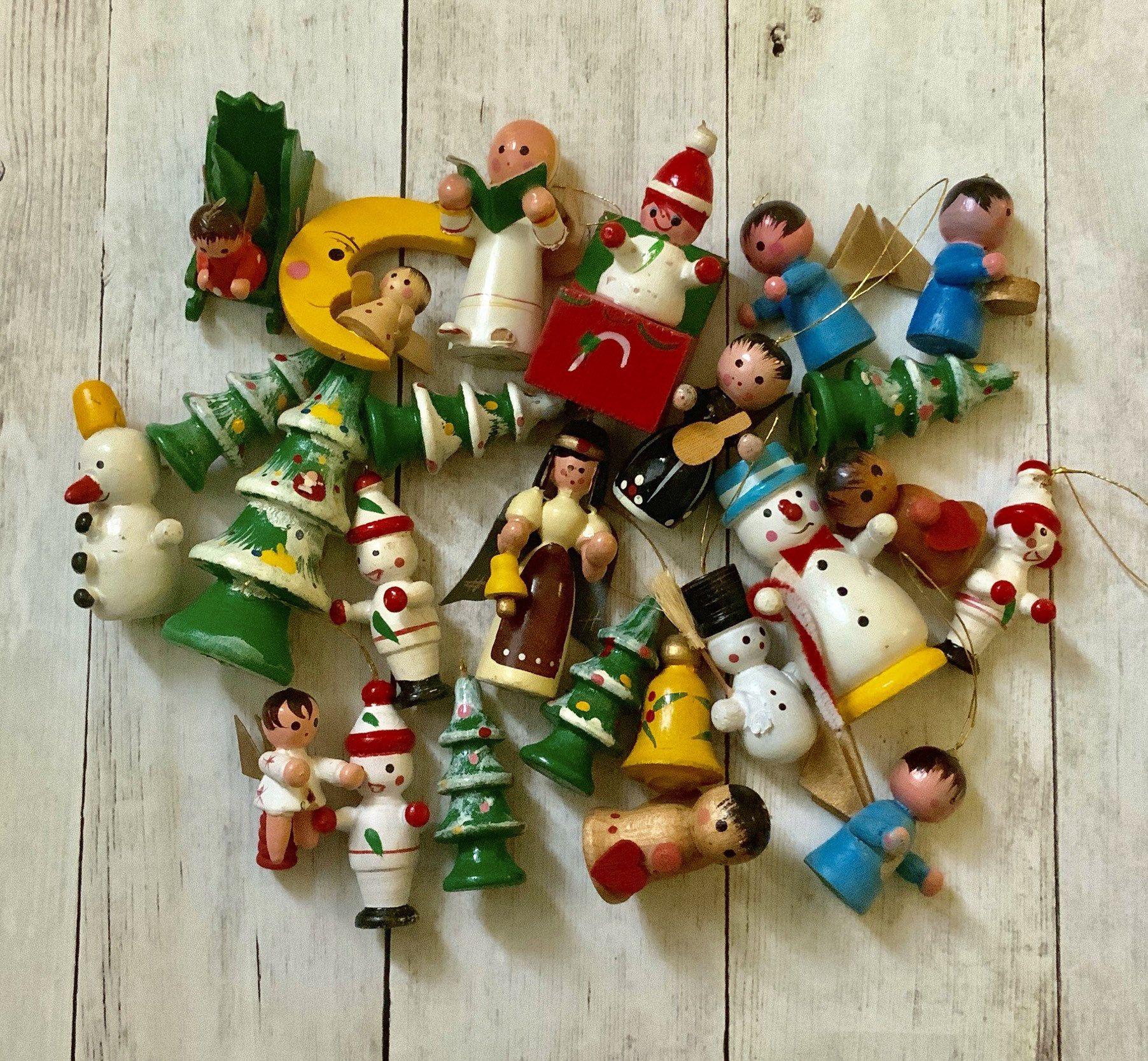 Vintage Wooden Miniature Christmas Tree Ornaments Retro Etsy Wood Christmas Ornaments Retro Christmas Christmas Tree Ornaments