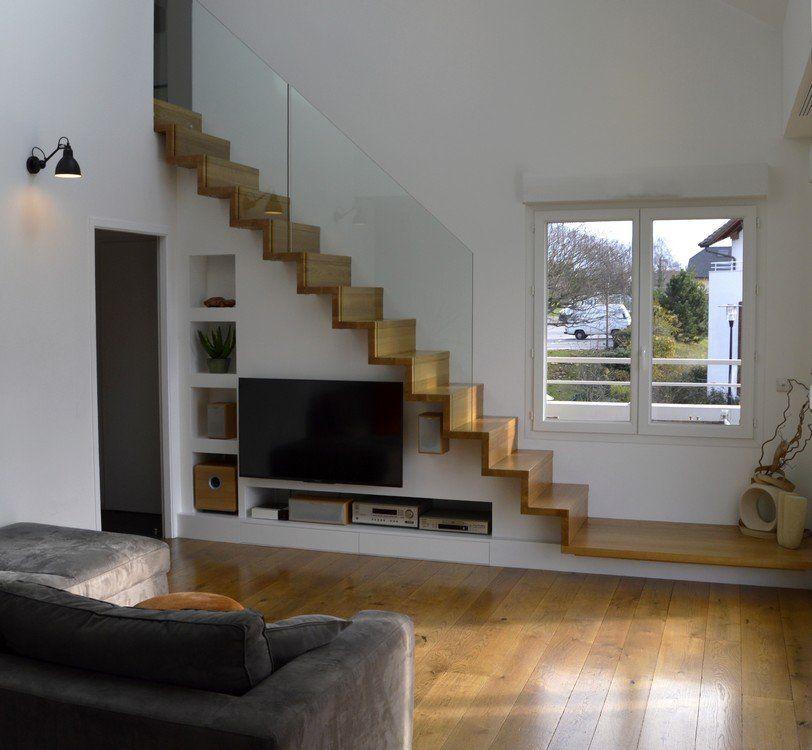 Escalier design Linea, avec marches et contremarches bois Ascenso - escalier interieur de villa