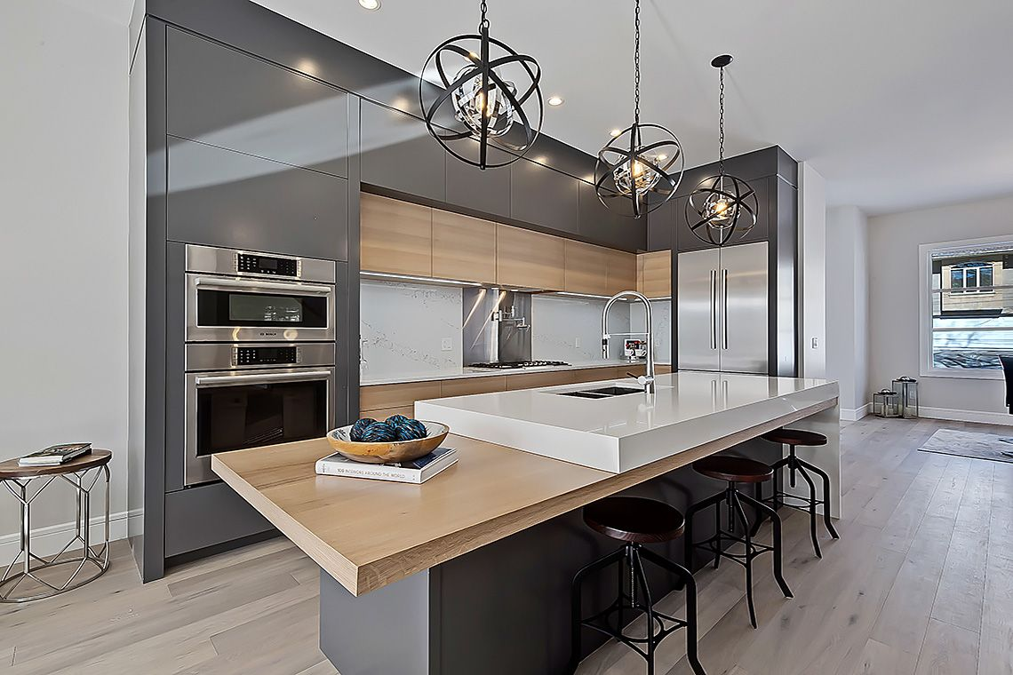 Love this modern kitchen's clean and high end look ...